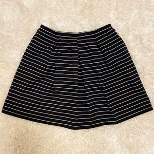 Black and White Striped Pleated Skirt - XS